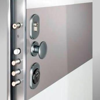Διπλή κλειδαριά κυλίνδρου με δεύτερο κρυφό κλείδωμα